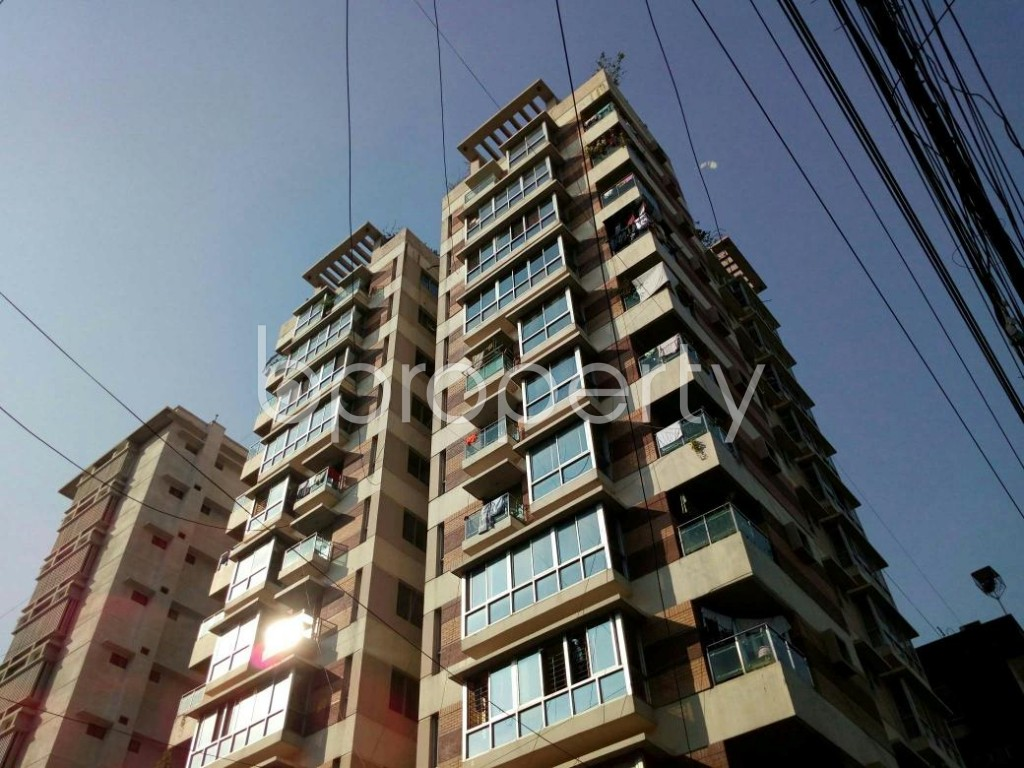 Outside view - 3 Bed Apartment to Rent in Dhanmondi, Dhaka - 1846620
