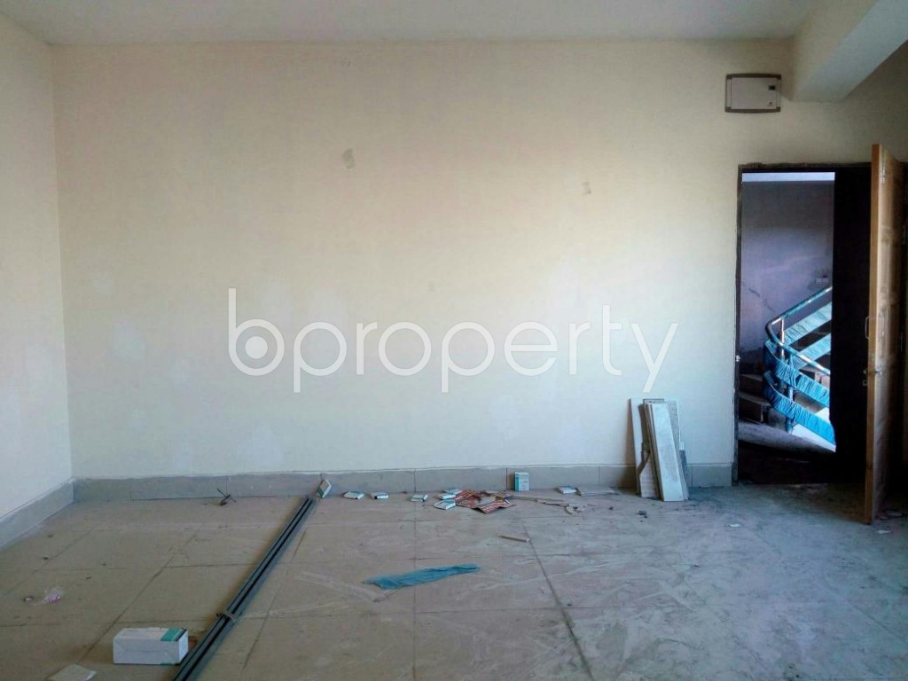 Empty Room - 3 Bed Apartment for Sale in Mirpur, Dhaka - 1846810