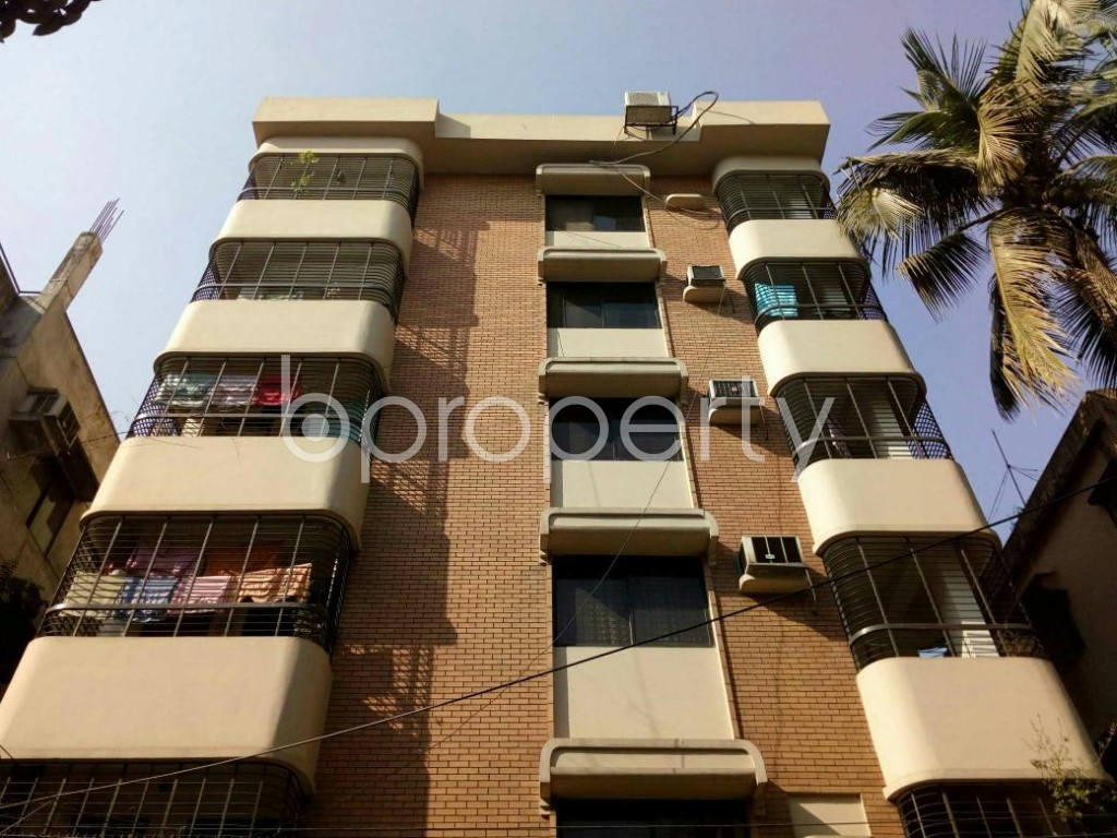 Front view - 3 Bed Apartment to Rent in Lalmatia, Dhaka - 1846841