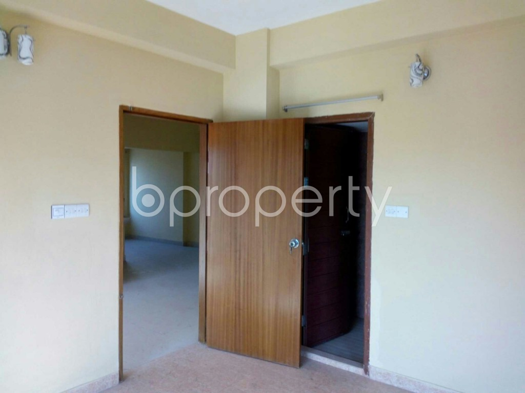 Bedroom - 3 Bed Apartment to Rent in Bashundhara R-A, Dhaka - 1846782