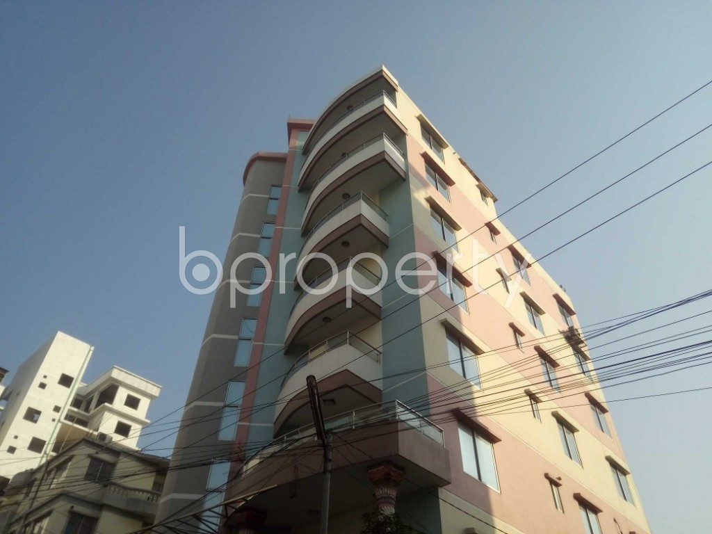 Outside view - 3 Bed Apartment to Rent in Baridhara, Dhaka - 1847156