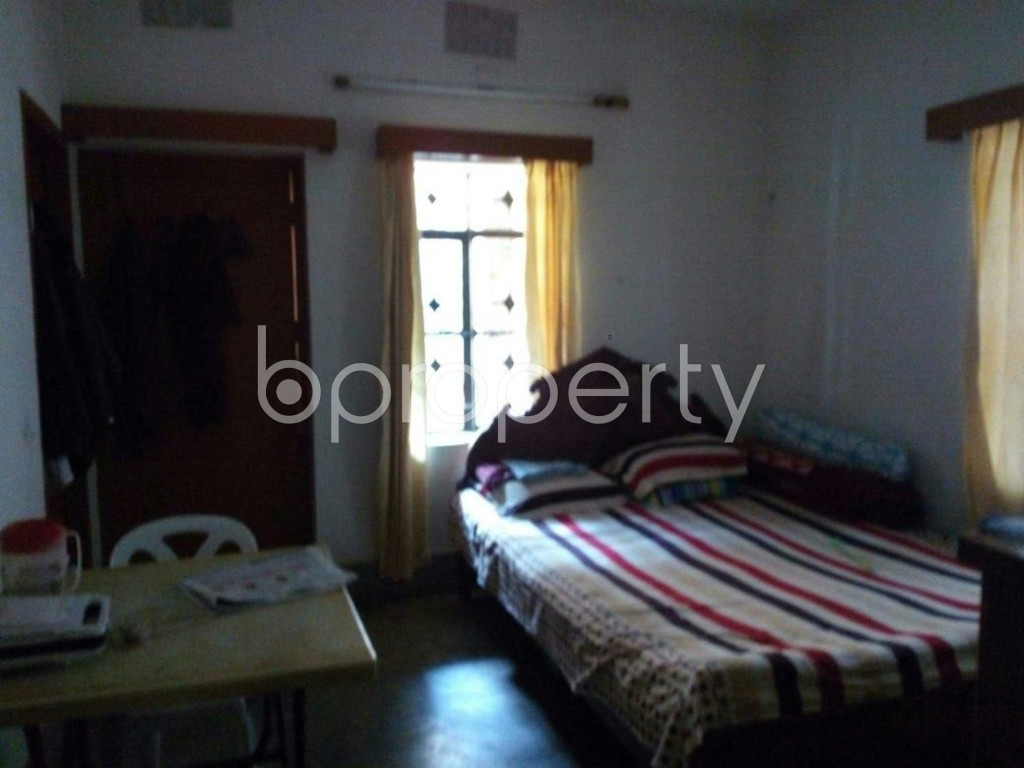 Bedroom - 2 Bed Apartment to Rent in Mohammadpur, Dhaka - 1847340