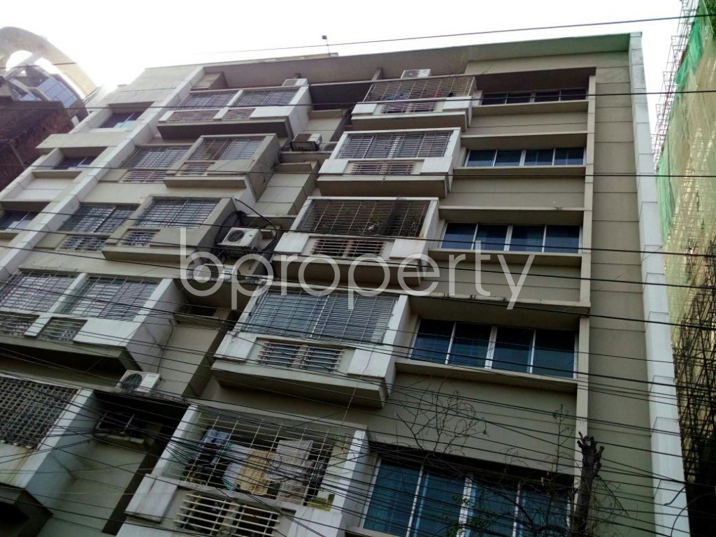 Front view - 3 Bed Apartment to Rent in Dhanmondi, Dhaka - 1847502