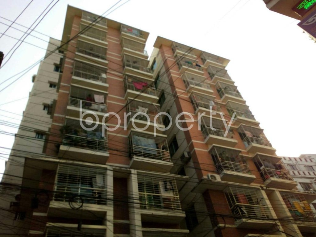 Outside view - 3 Bed Apartment to Rent in Dhanmondi, Dhaka - 1847525
