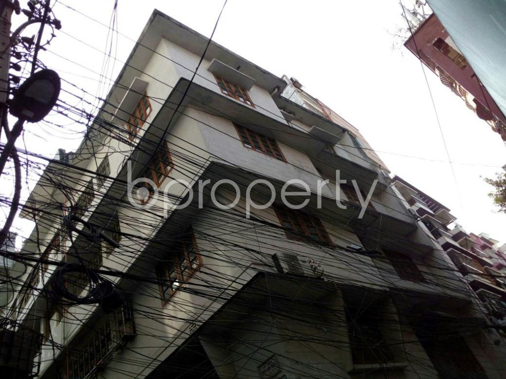 Outside view - 2 Bed Apartment to Rent in Dhanmondi, Dhaka - 1847526