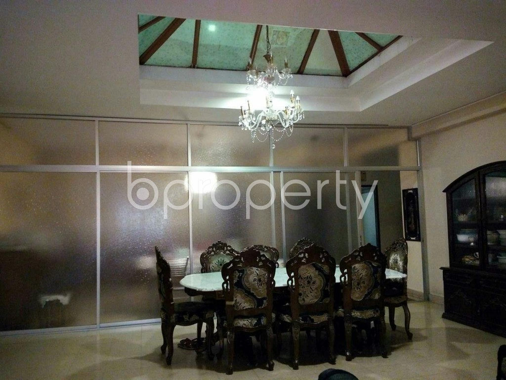 Dining area - 6 Bed Apartment for Sale in Dhanmondi, Dhaka - 1847529