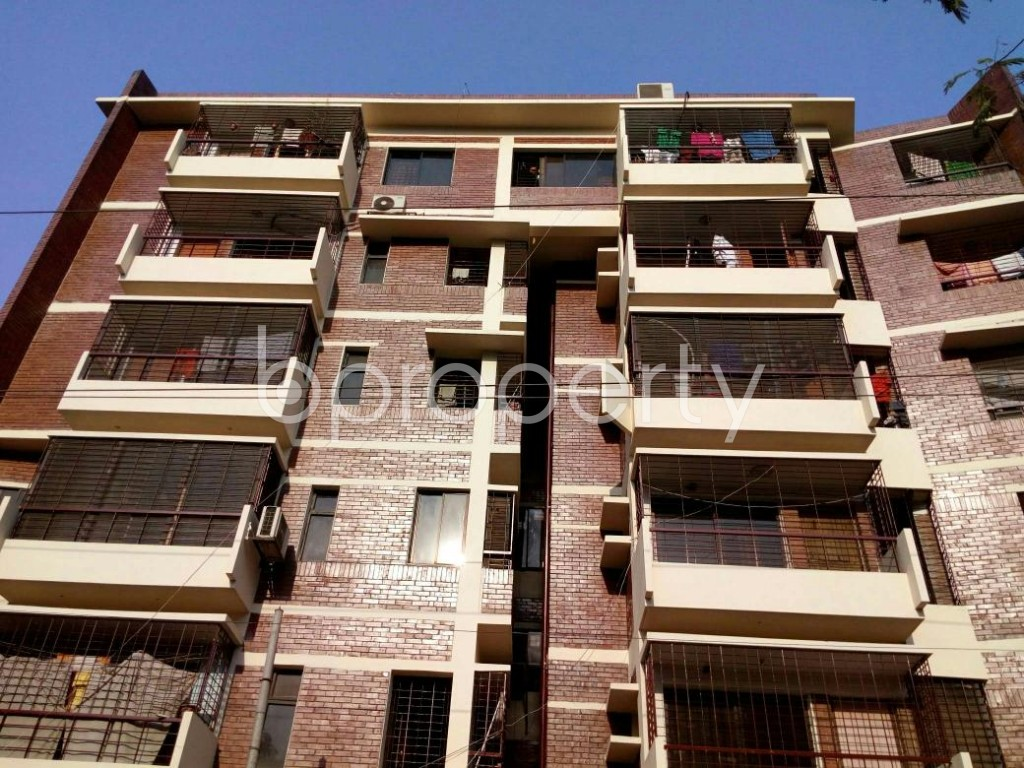 Front view - 3 Bed Apartment to Rent in Lalmatia, Dhaka - 1847530