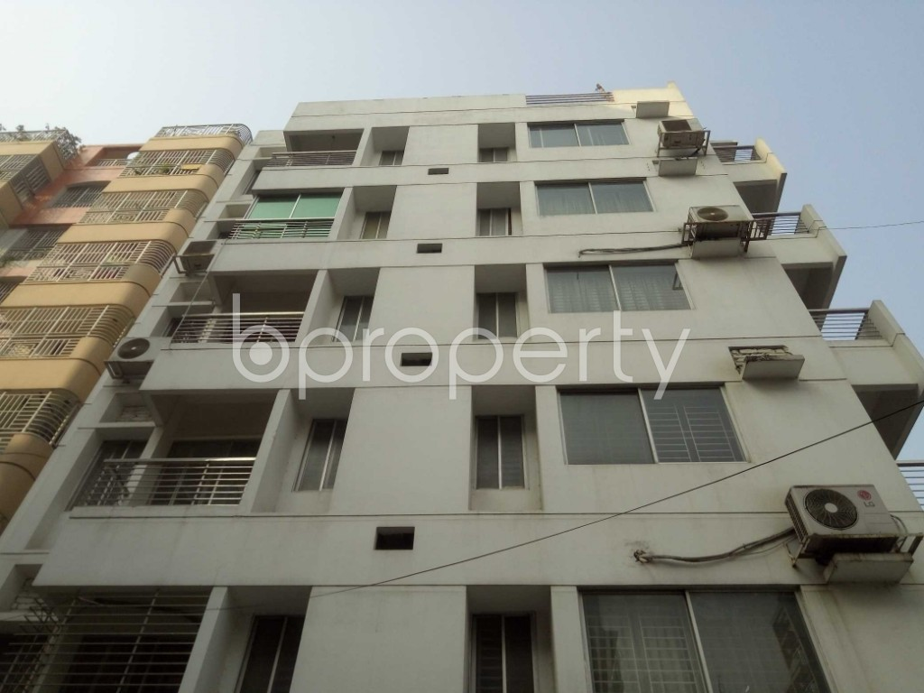 Outside view - 4 Bed Apartment to Rent in Baridhara, Dhaka - 1847610