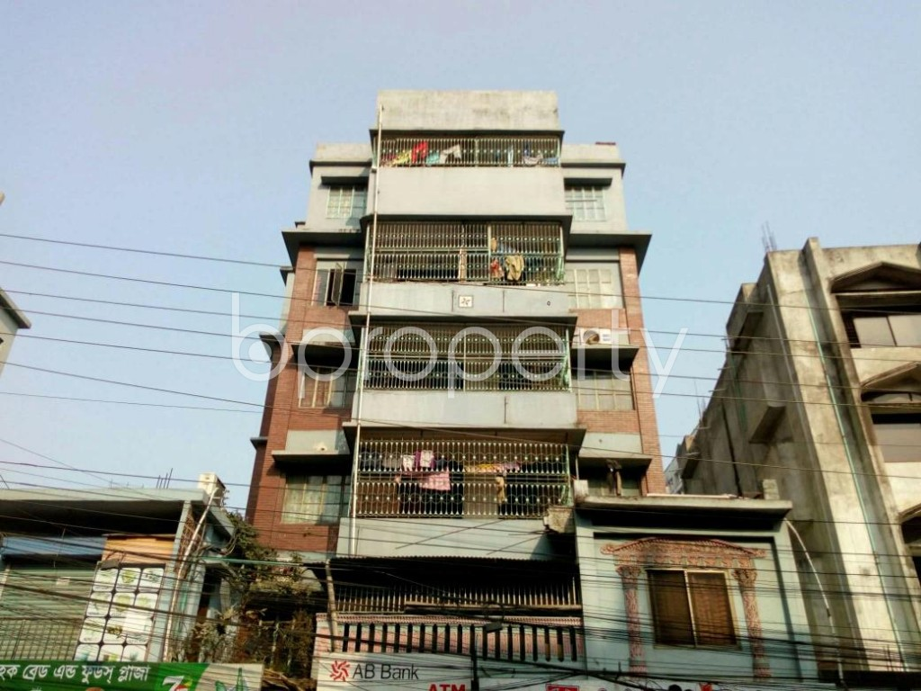 Front view - 3 Bed Apartment to Rent in Mohammadpur, Dhaka - 1847614