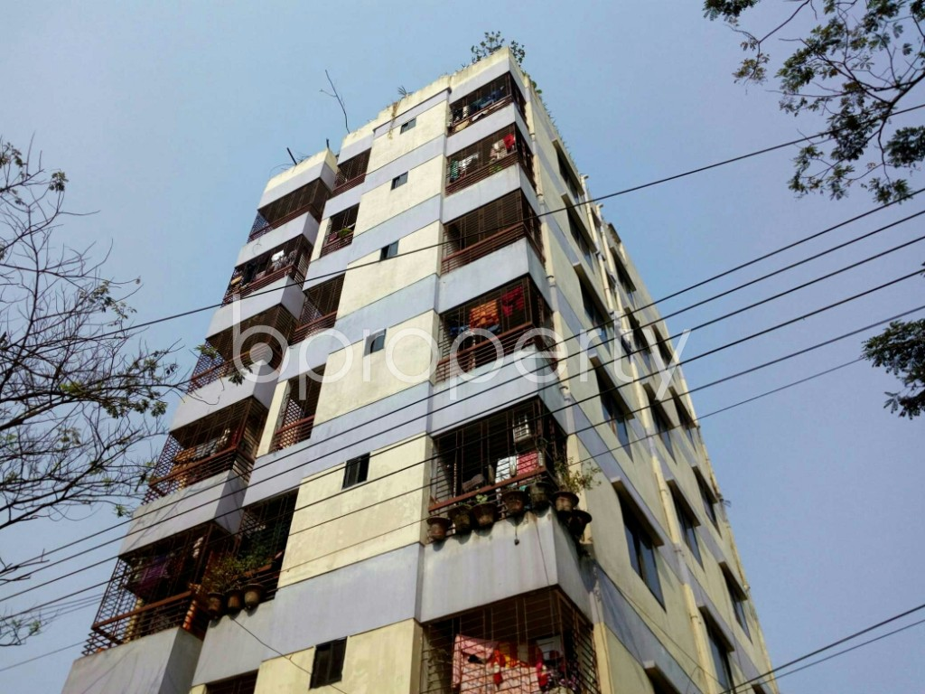 Outside view - 2 Bed Apartment to Rent in Bashundhara R-A, Dhaka - 1848033