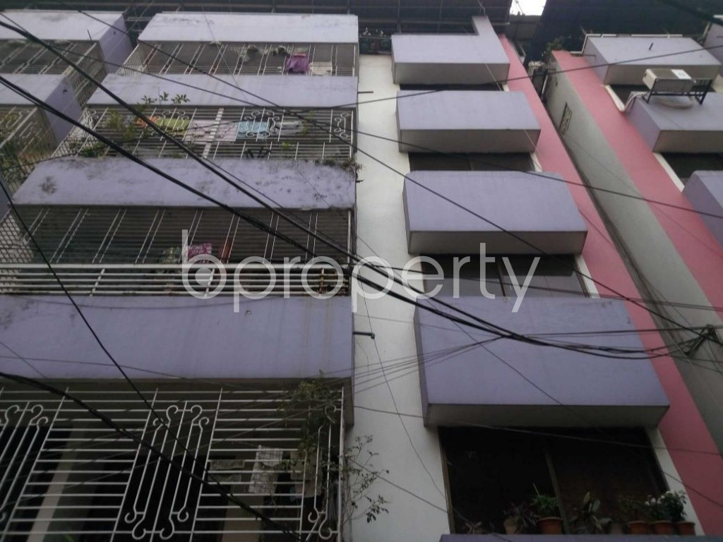 Front view - 3 Bed Apartment to Rent in New Market, Dhaka - 1848384