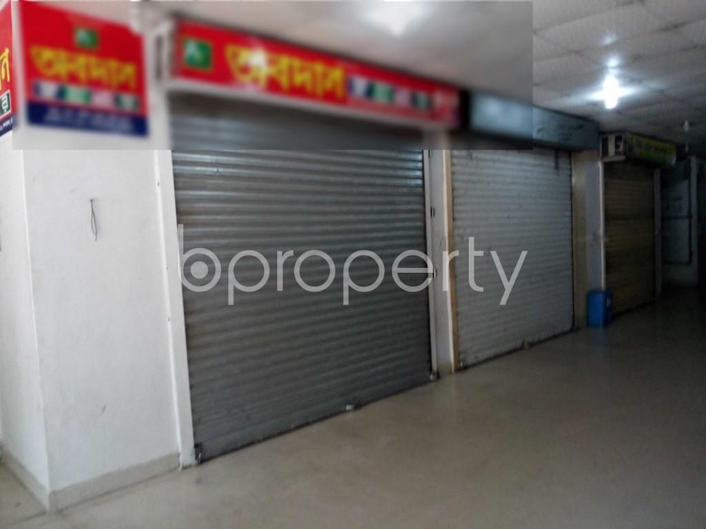 Front view - Shop for Sale in 22 No. Enayet Bazaar Ward, Chattogram - 1850399