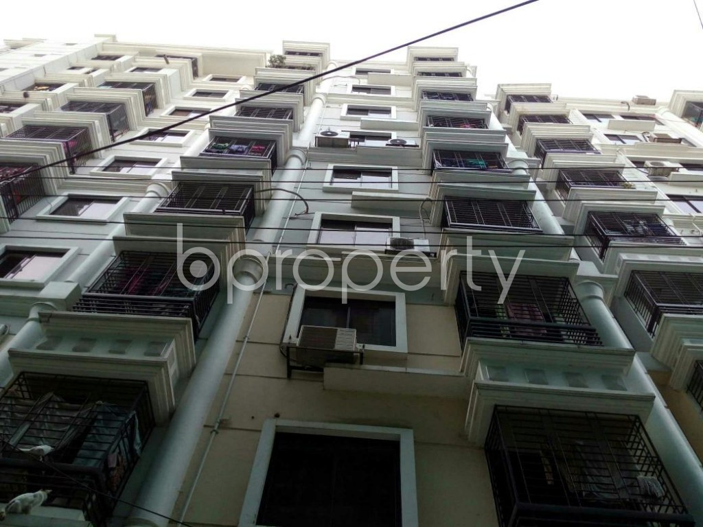 Front view - 3 Bed Apartment for Sale in Dhanmondi, Dhaka - 1851026