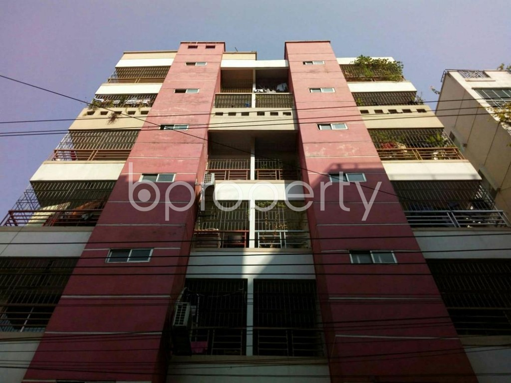 Front view - 3 Bed Apartment for Sale in Bashundhara R-A, Dhaka - 1851952