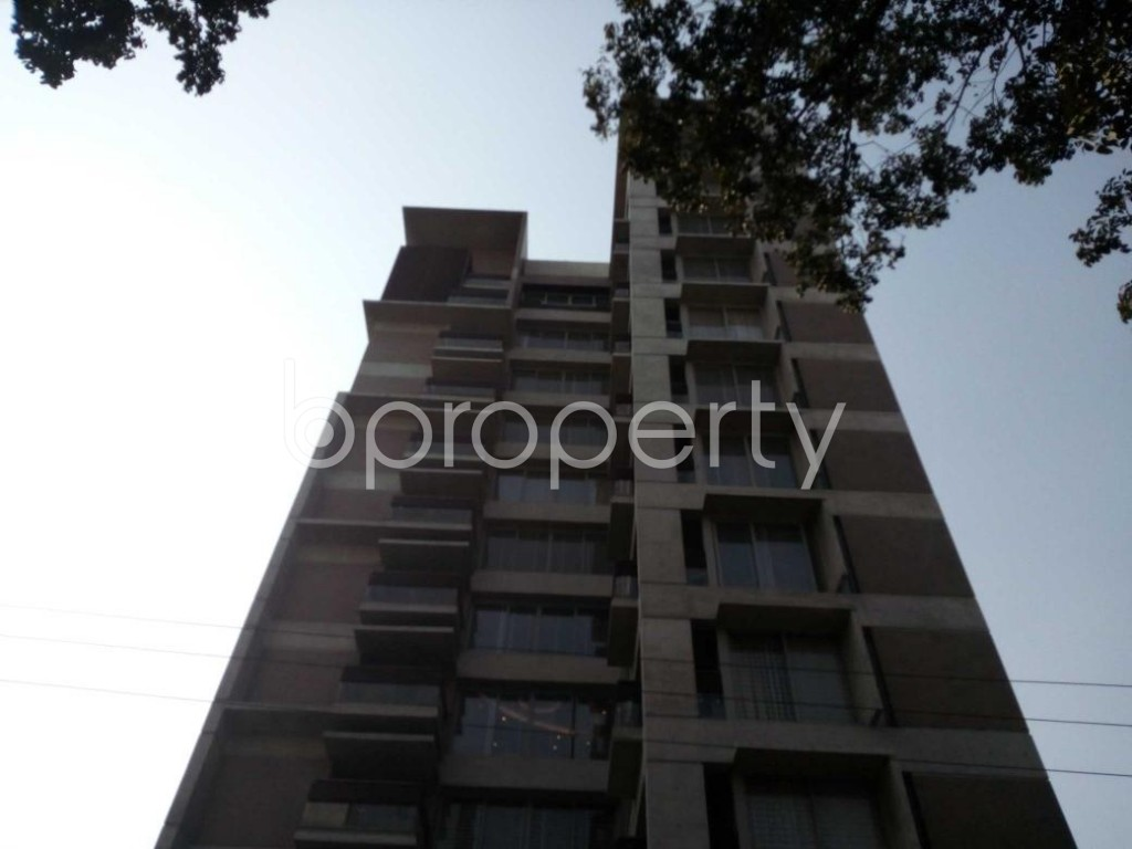 Front view - 4 Bed Apartment for Sale in Gulshan, Dhaka - 1852272