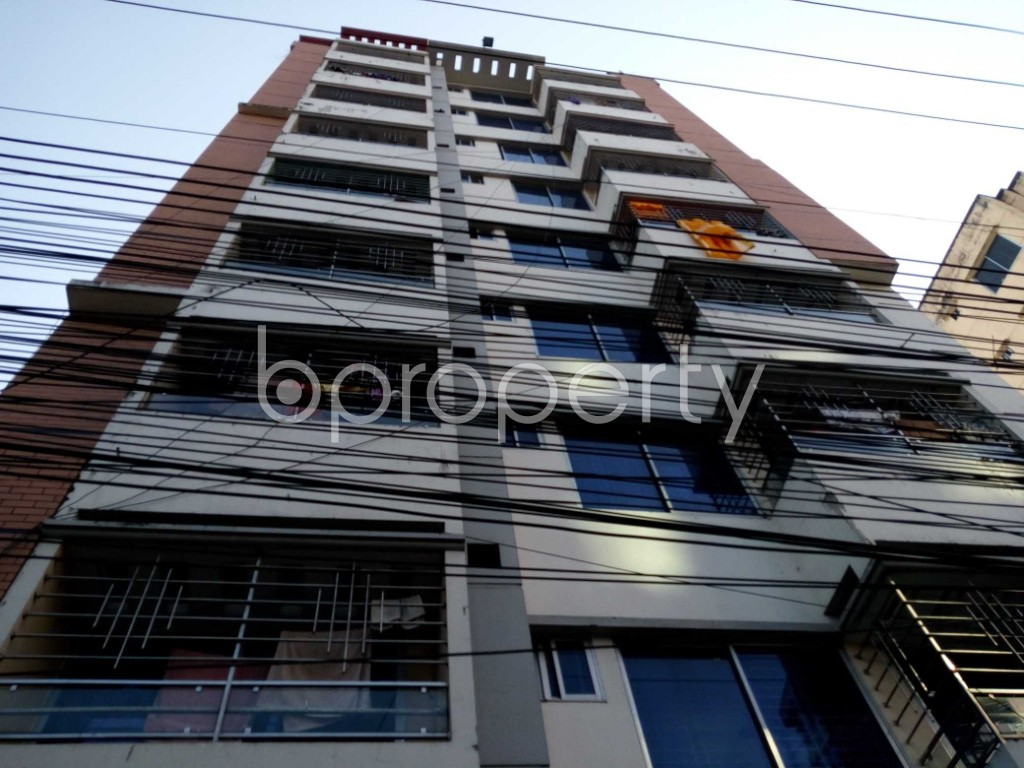 Front view - 3 Bed Apartment for Sale in 33 No. Firingee Bazaar Ward, Chattogram - 1853052