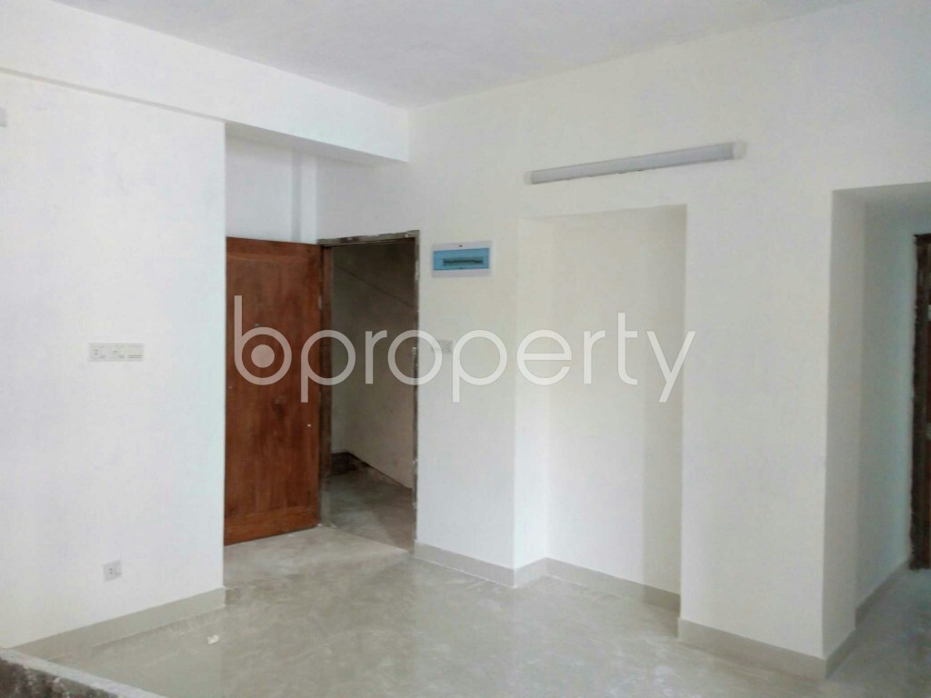 Empty Room - 3 Bed Apartment for Sale in Bashundhara R-A, Dhaka - 1853287