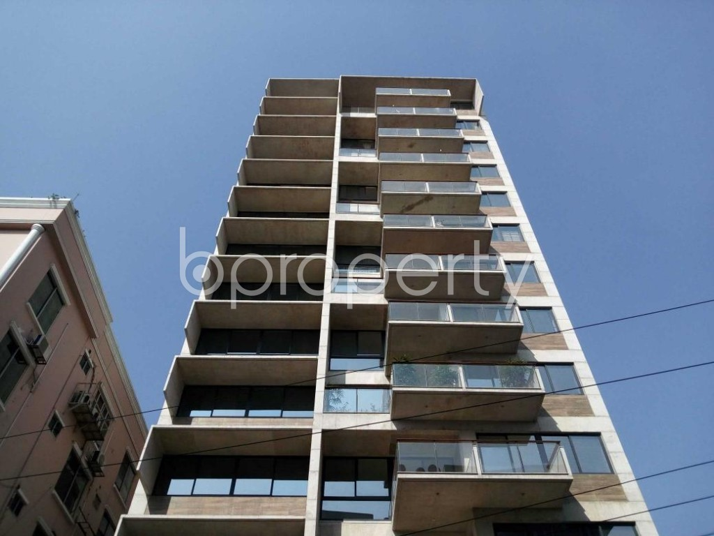 Front view - 3 Bed Apartment for Sale in Gulshan, Dhaka - 1855088
