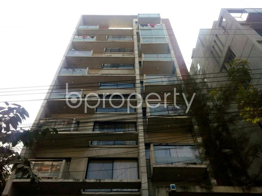 Front view - 3 Bed Apartment for Sale in Bashundhara R-A, Dhaka - 1855233