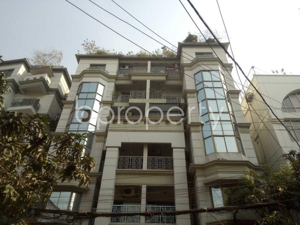 Front view - 3 Bed Apartment to Rent in Baridhara, Dhaka - 1855914