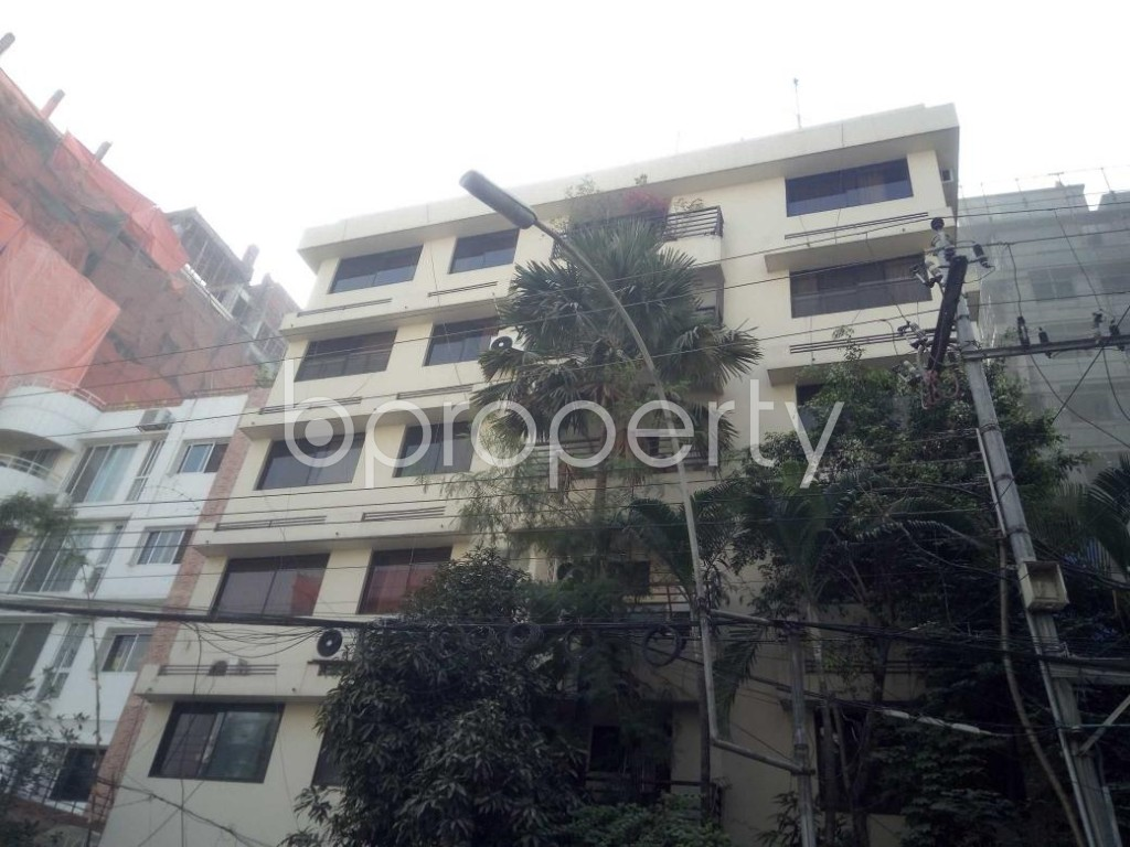 Front view - 3 Bed Apartment to Rent in Baridhara, Dhaka - 1856182