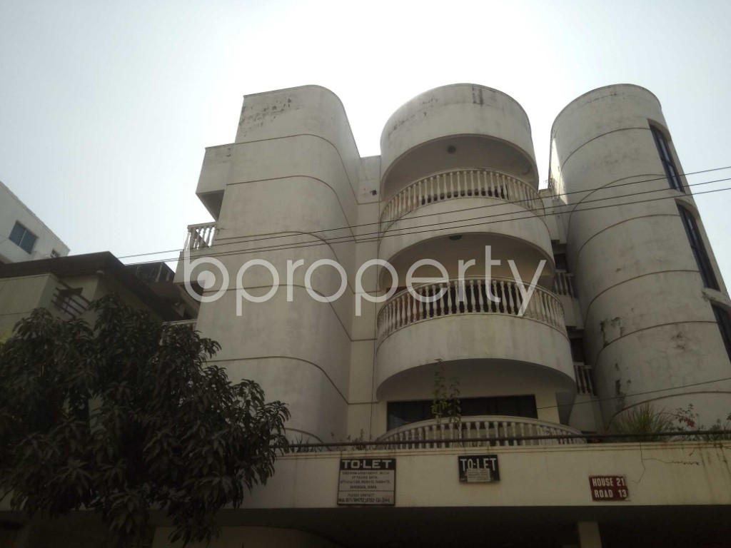 Outside view - 3 Bed Apartment to Rent in Baridhara, Dhaka - 1857534