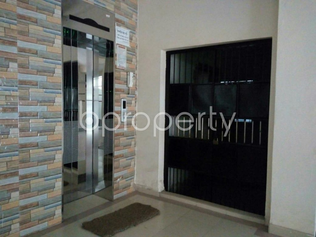Lobby - 3 Bed Apartment to Rent in Mohammadpur, Dhaka - 1857769