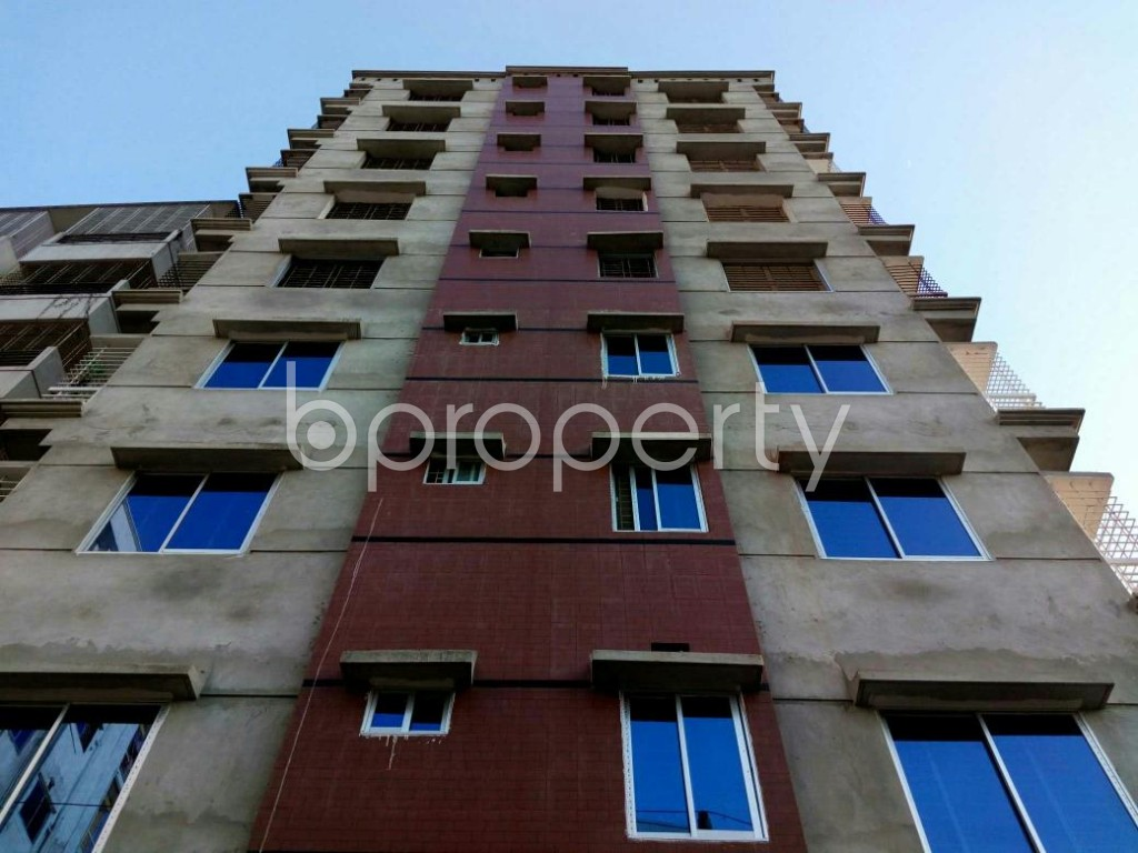 Front view - 3 Bed Apartment to Rent in Mohammadpur, Dhaka - 1857876