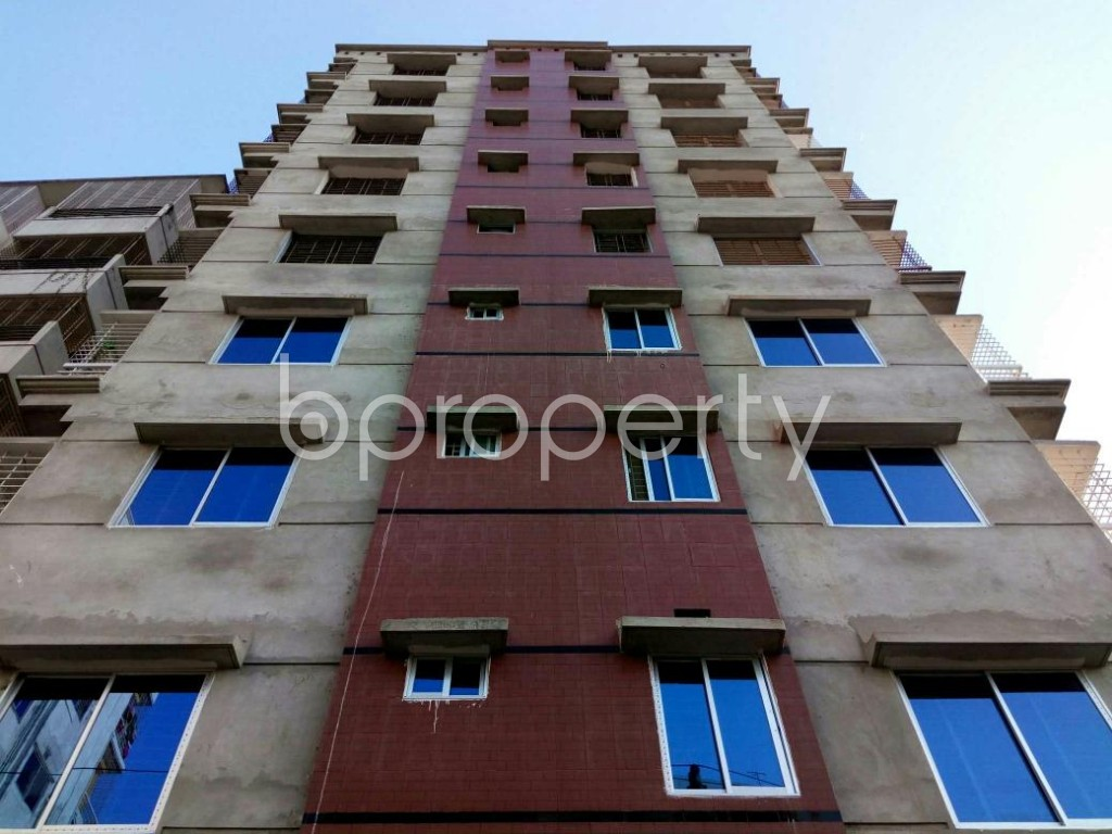 Front view - 3 Bed Apartment to Rent in Mohammadpur, Dhaka - 1857877
