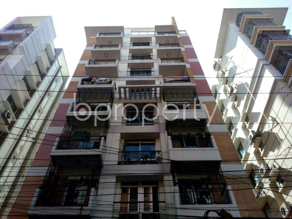 Front view - 3 Bed Apartment for Sale in Bashundhara R-A, Dhaka - 1857907