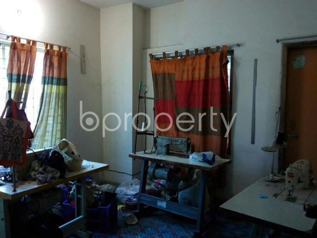 Bedroom - 3 Bed Apartment to Rent in Mohammadpur, Dhaka - 1857922