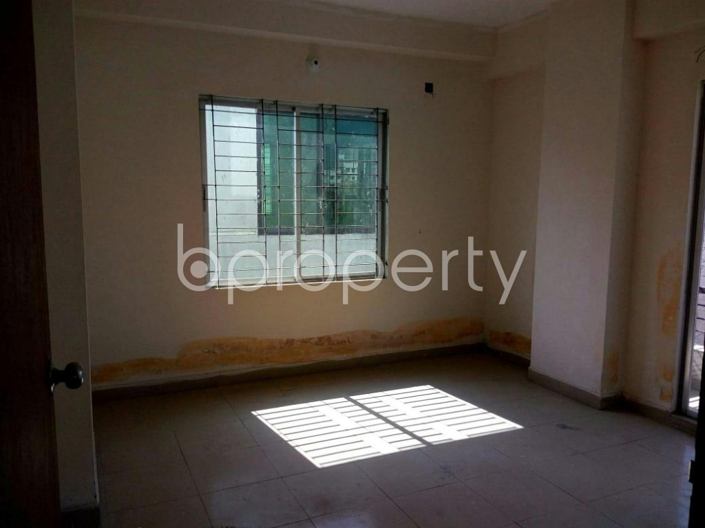 Bedroom - 3 Bed Apartment to Rent in Mohammadpur, Dhaka - 1857955