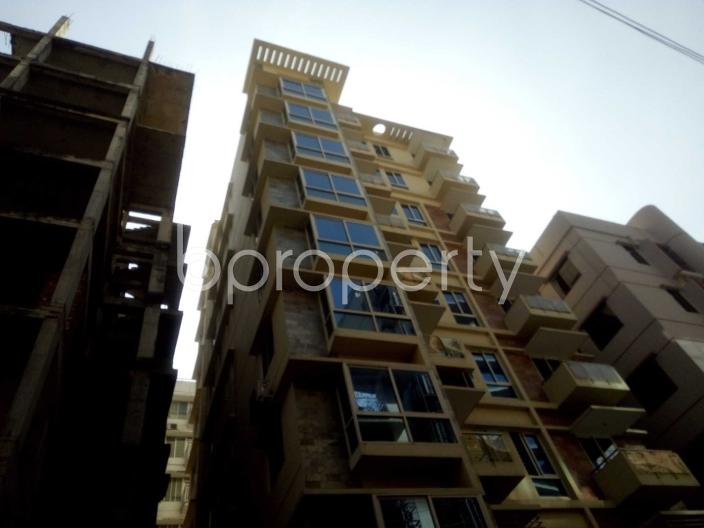 Outside view - 4 Bed Apartment to Rent in Baridhara, Dhaka - 1858021