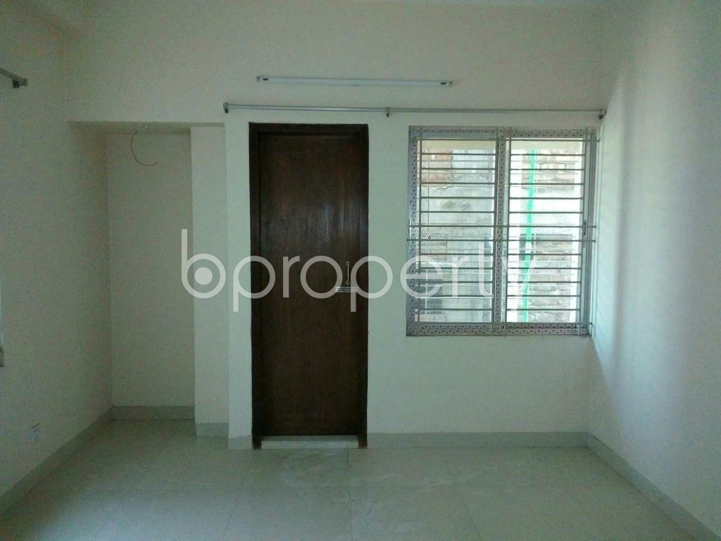 Bedroom - 3 Bed Apartment to Rent in Mohammadpur, Dhaka - 1858258