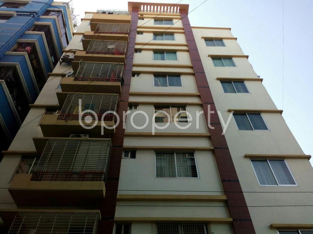Front view - 3 Bed Apartment to Rent in Mohammadpur, Dhaka - 1858323