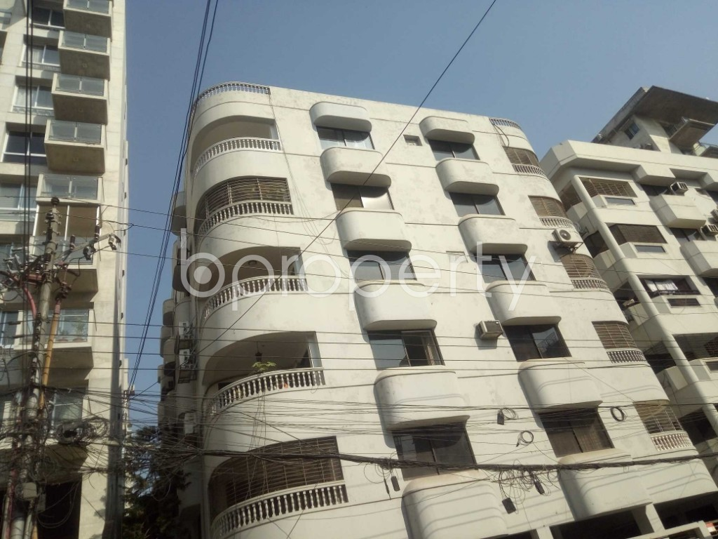 Front view - 3 Bed Apartment to Rent in Baridhara, Dhaka - 1858339