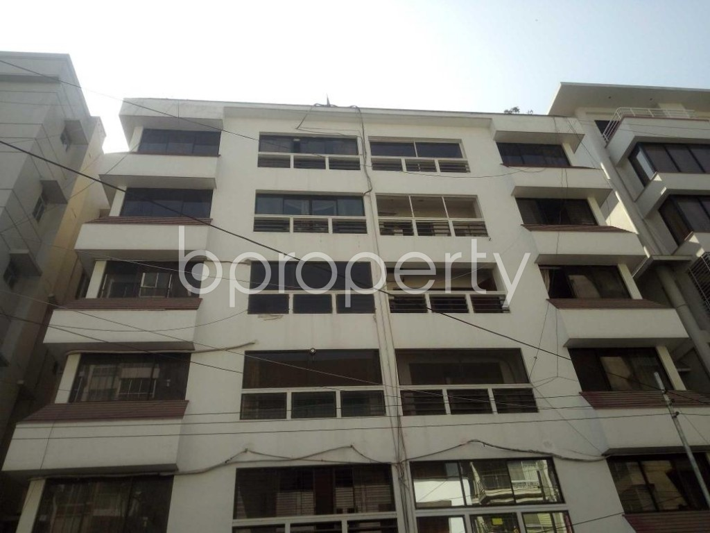 Front view - 3 Bed Apartment for Sale in Baridhara, Dhaka - 1858347