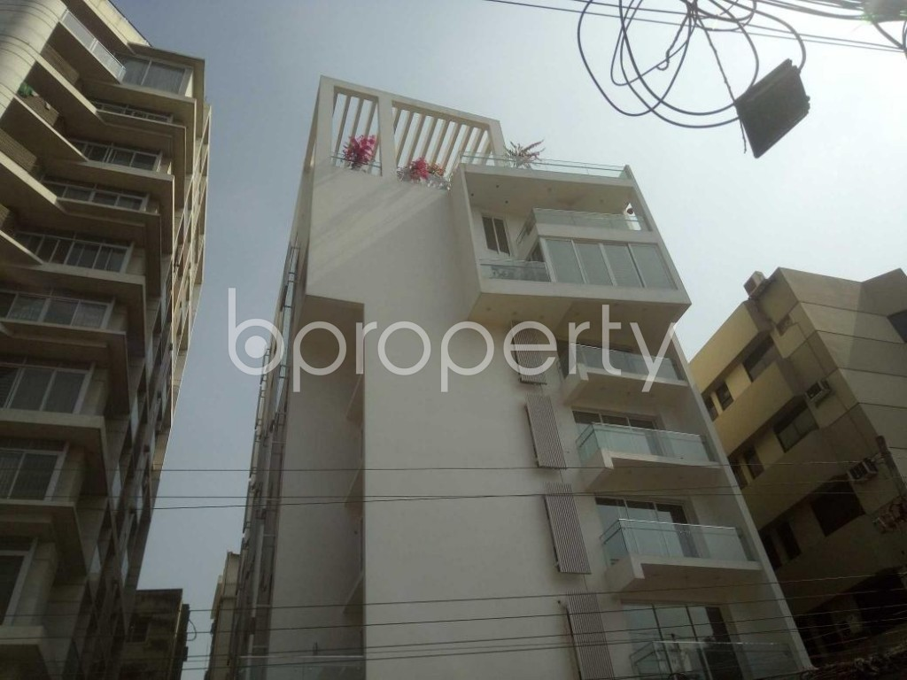 Front view - 4 Bed Apartment to Rent in Baridhara, Dhaka - 1858375