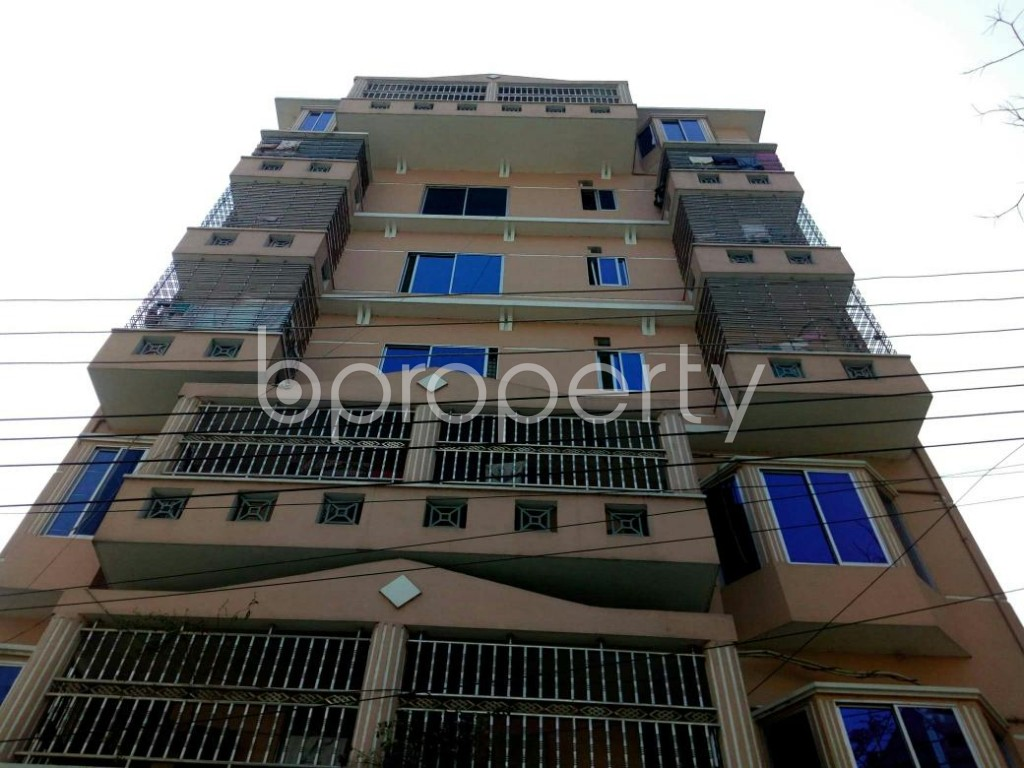 Front view - 3 Bed Apartment to Rent in Bashundhara R-A, Dhaka - 1858485
