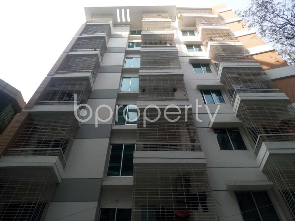 Front view - 3 Bed Apartment to Rent in Mirpur, Dhaka - 1858507