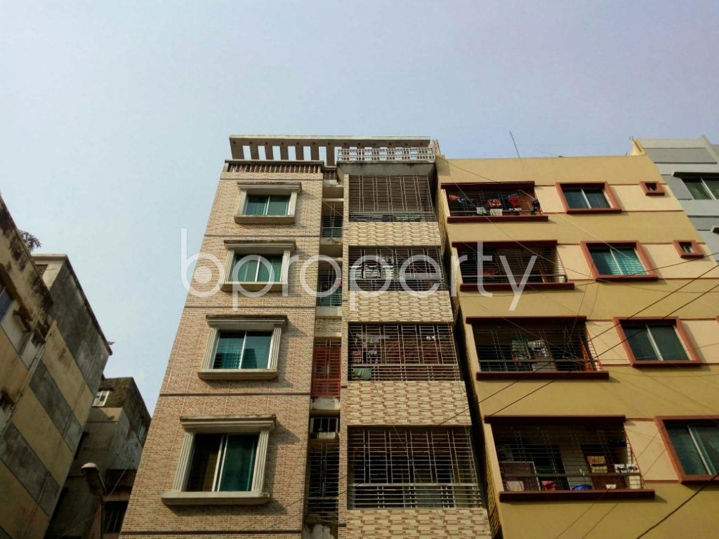 Front view - 3 Bed Apartment to Rent in Mirpur, Dhaka - 1858552