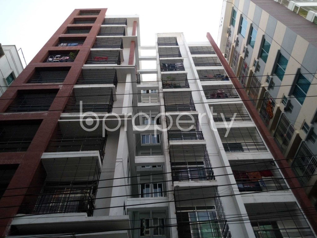Front view - 3 Bed Apartment to Rent in Mirpur, Dhaka - 1858658