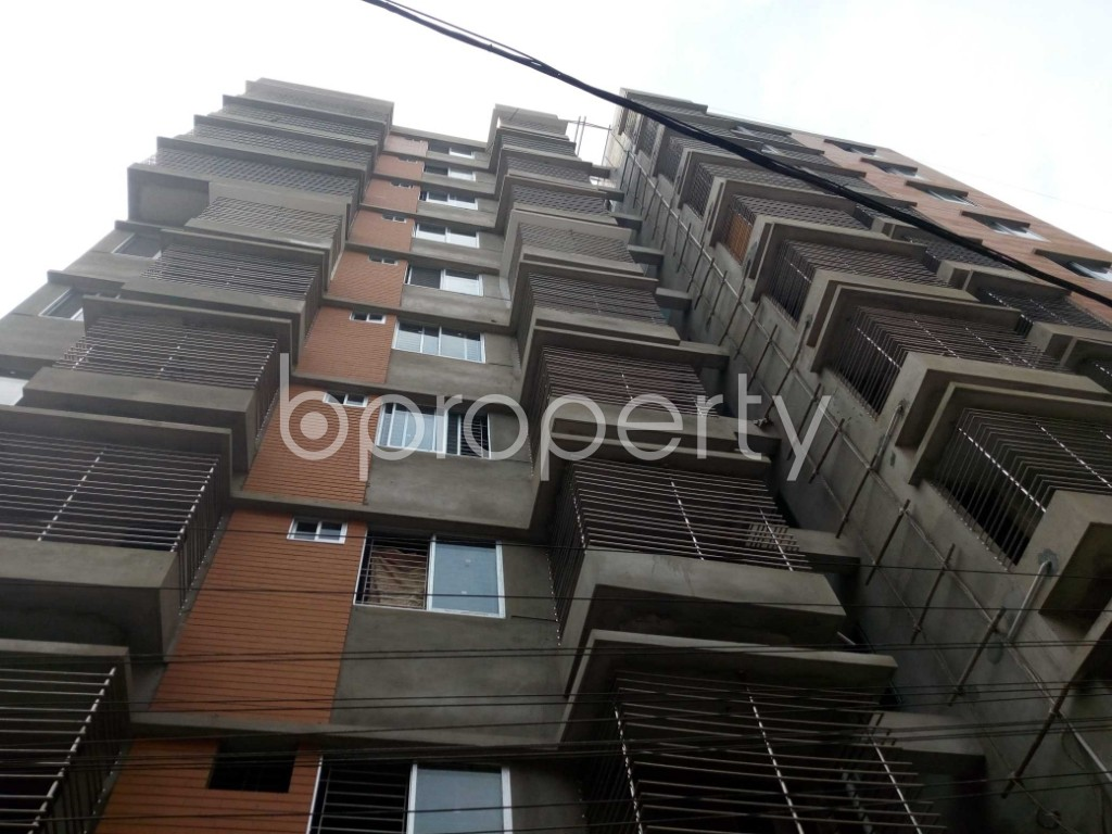Front view - 3 Bed Apartment for Sale in 33 No. Firingee Bazaar Ward, Chattogram - 1859888