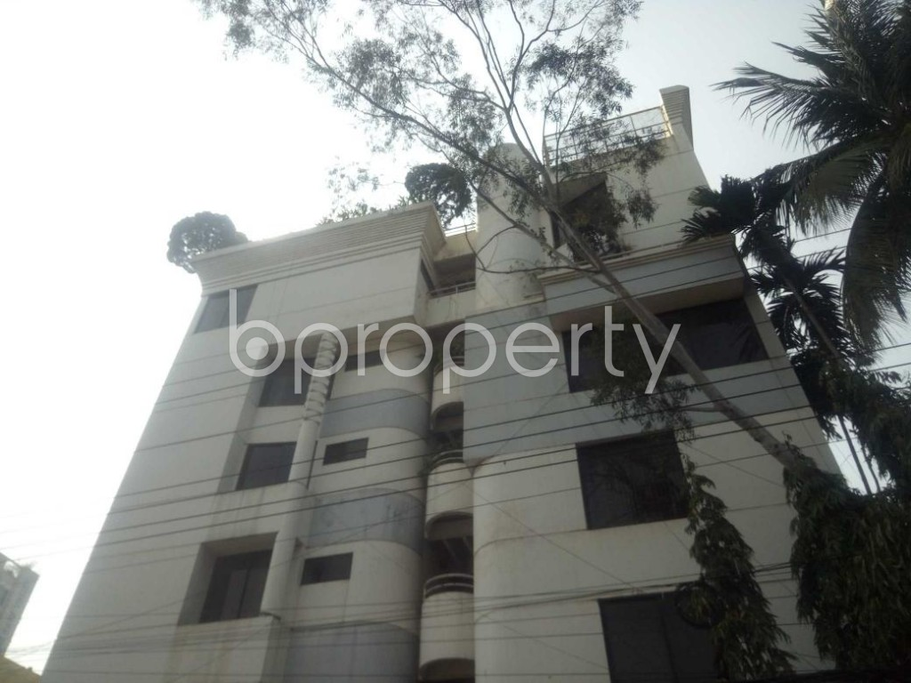 Front view - 3 Bed Apartment to Rent in Baridhara, Dhaka - 1860277
