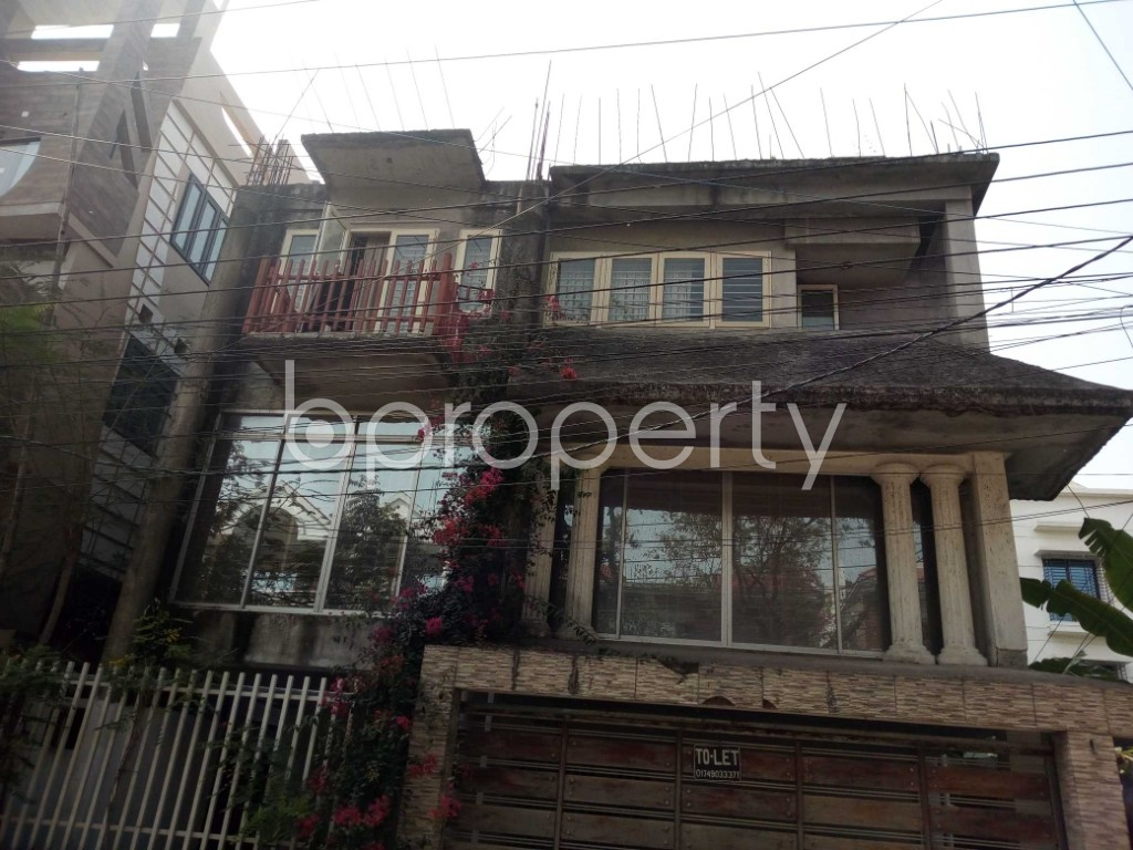 Outside view - 4 Bed Duplex to Rent in Nikunja, Dhaka - 1860482