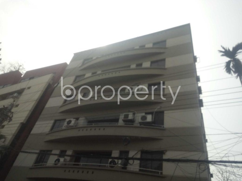 Front view - 3 Bed Apartment to Rent in Baridhara, Dhaka - 1861134