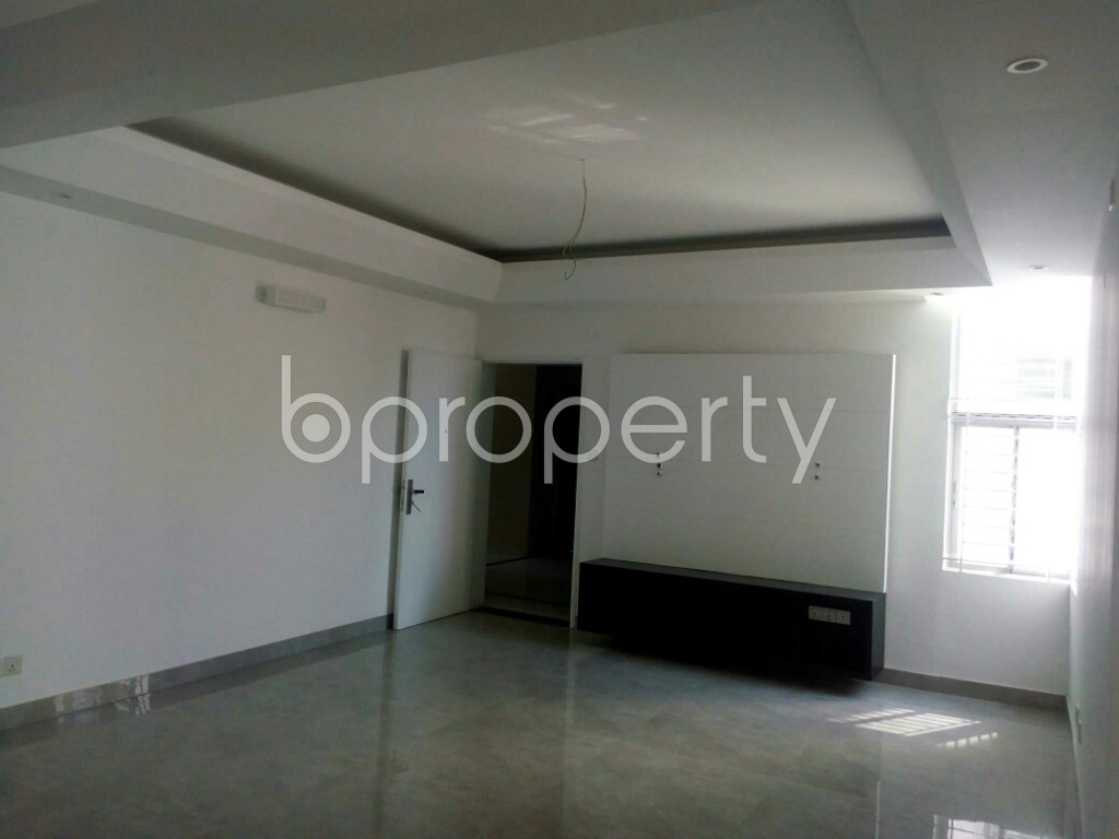 Empty Room - 3 Bed Apartment for Sale in Bashundhara R-A, Dhaka - 1861401