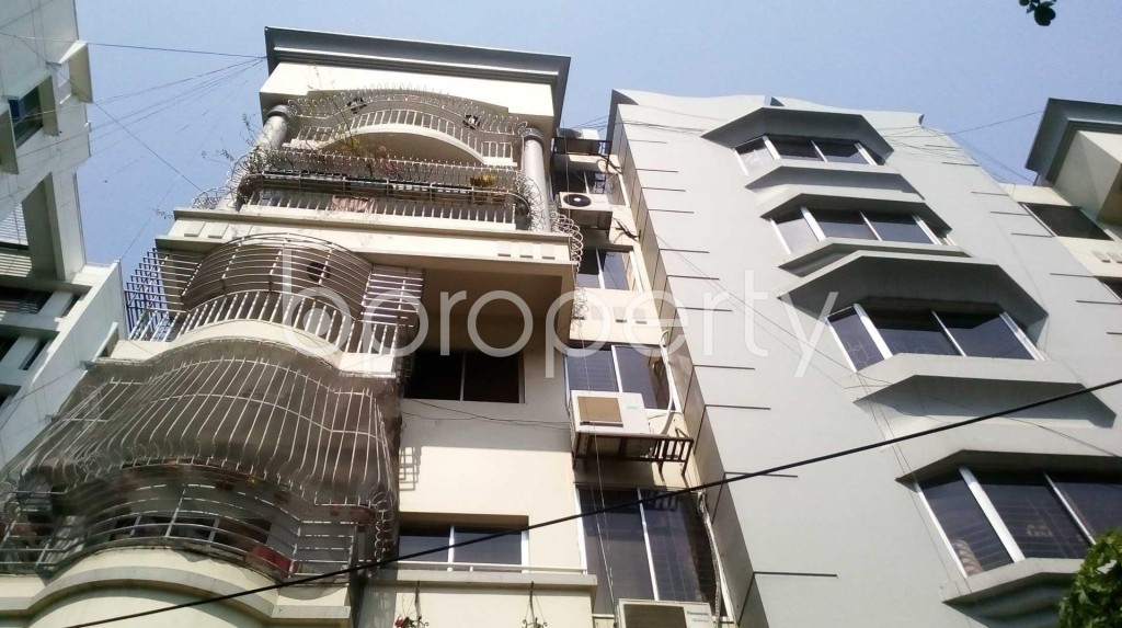 Front view - 4 Bed Apartment for Sale in Gulshan, Dhaka - 1863683