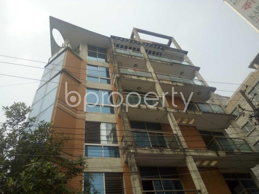 Front view - 4 Bed Apartment to Rent in Baridhara, Dhaka - 1865013