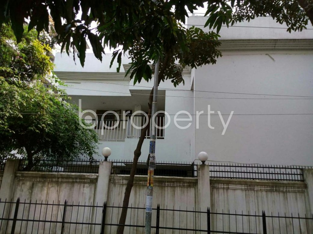 Front view - 7 Bed Duplex to Rent in Uttara, Dhaka - 1865124